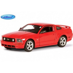 Ford Mustang GT 2005.