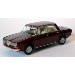 Lancia 2000 Berlina / 1971 / Red York