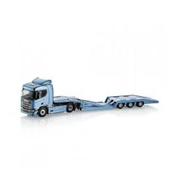 Scania R450 with truck transporter