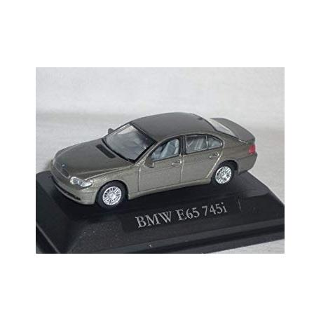 BMW 745i (E65), 2001