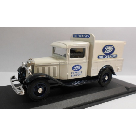 FORD V8 1933 PICK UP CACHE BOOTS