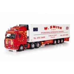 Scania Streamline 6x2 met koeloplegger.